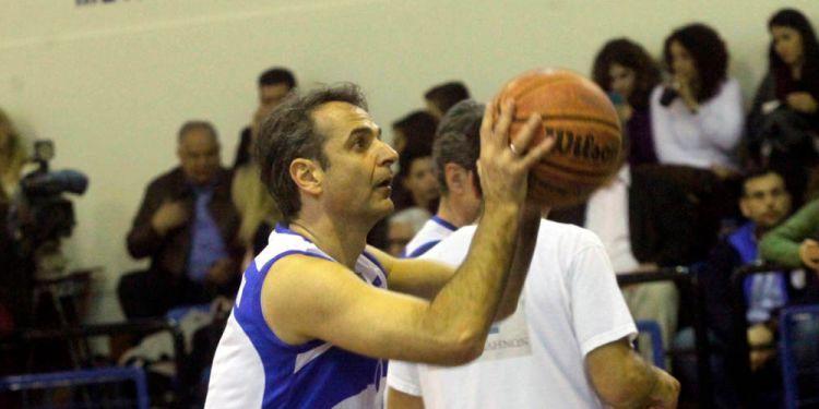 Μητσοτάκης on fire – Σε φιλανθρωπικό αγώνα μπάσκετ ο Πρόεδρος της ΝΔ (ΔΕΙΤΕ ΦΩΤΟ)