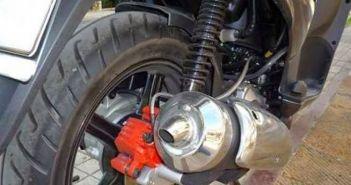 Ναυπακτία: Αλλοδαπός οδηγούσε μηχανή με παραποιημένο αριθμό πλαισίου, χωρίς δίπλωμα, άδεια και ασφάλεια!