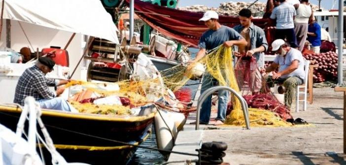 Ψαράδες Αμβρακικού: Στον Τσίπρα για την λαθραλιεία!