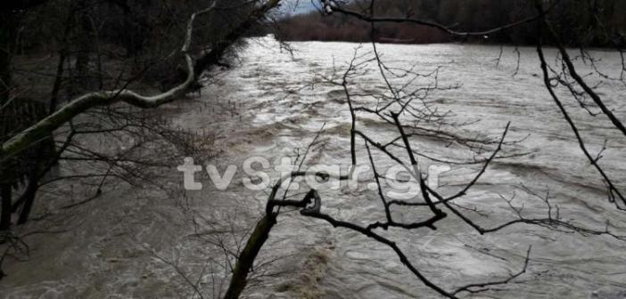 Χιόνια σε Φθιώτιδα και Καρπενήσι – Φούσκωσαν οι ποταμοί Σπερχειός και Ληθαίος (ΔΕΙΤΕ ΦΩΤΟ + ΒΙΝΤΕΟ)