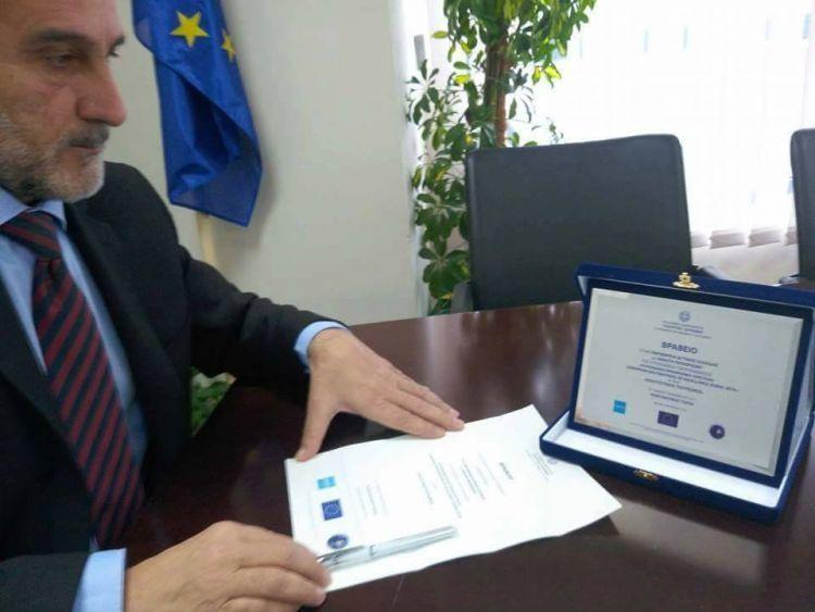 Το βραβείο του ΕΟΤ κοσμεί την Περιφέρεια (ΦΩΤΟ)