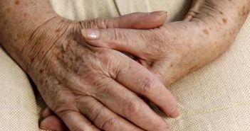 """Δυτική Ελλάδα: Νεκρή ηλικιωμένη μέσα στο σπίτι της! Εικάζεται ότι """"έσβησε"""" από αναθυμιάσεις"""