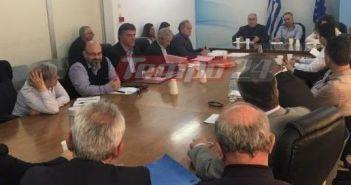 """Σύσκεψη για τα απορρίμματα με Σκουρλέτη: Εισαγγελική εντολή σε όλους τους ΦΟΔΣΑ δυτικής Ελλάδας – """"Να βοηθήσουν οι όμοροι δήμοι και να ανοίξει ο ΧΥΤΑ Αιγείρας"""""""