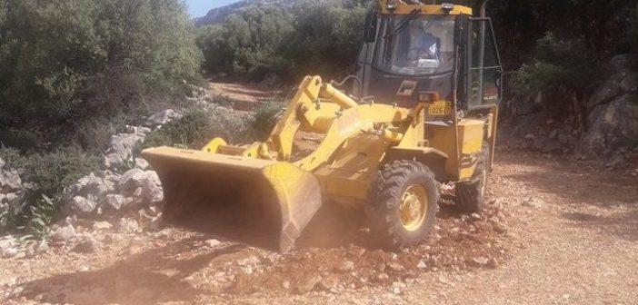 Εργασίες αποκατάστασης του δρόμου προς τον Άγιο Νικόλαο Κρεμαστό (ΔΕΙΤΕ ΦΩΤΟ)