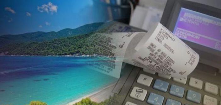 Τριήμερο στις παραλίες για εφοριακούς – Οι έλεγχοι και οι αντιδράσεις πελατών