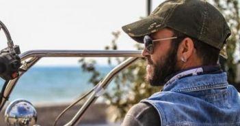 Δυτική Ελλάδα: Ο Τάκης Ευθυμίου ζει σε καροτσάκι, αυτό όμως δεν τον εμποδίζει να οδηγεί μοτοσυκλέτα (ΔΕΙΤΕ ΦΩΤΟ + VIDEO)