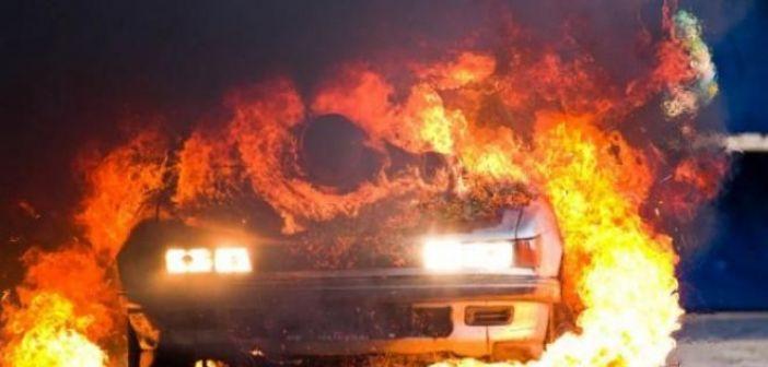 Δυτική Ελλάδα: Ι.Χ. τυλίχτηκε στις φλόγες εν κινήσει