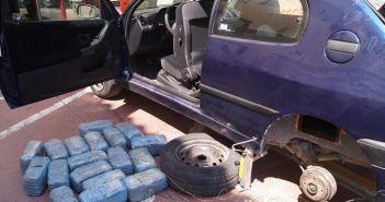 Κομπότι: 40 κιλά χασίς σε κρύπτες αυτοκινήτου! (ΦΩΤΟ)