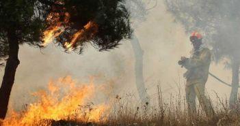 Ποιες περιοχές απειλούν να γίνουν το Μάτι της Δυτικής Ελλάδας – Που υπάρχει κίνδυνος φονικών πυρκαγιών