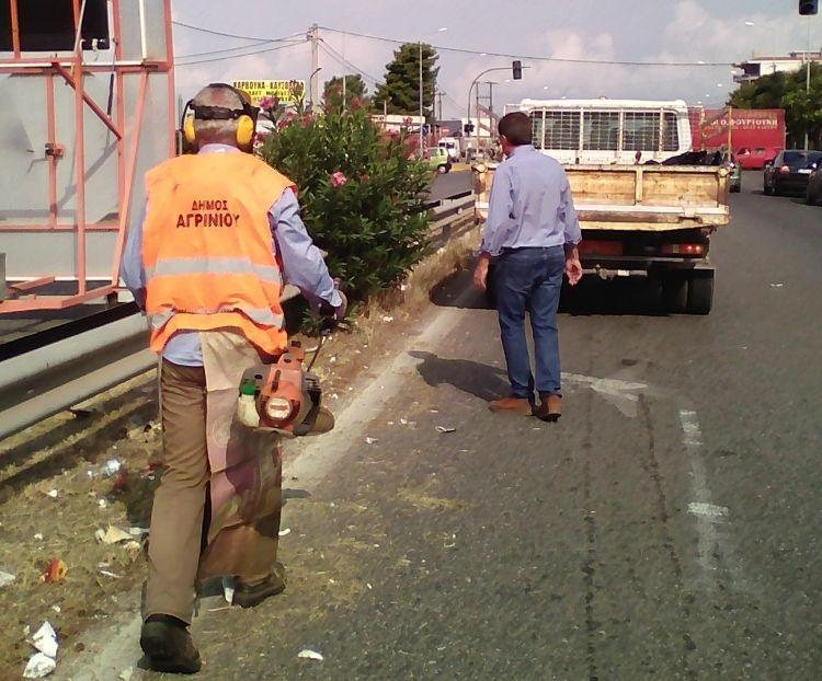 Συνεργεία του Δήμου Αγρινίου καθάρισαν την Εθνική Οδό (ΔΕΙΤΕ ΦΩΤΟ)