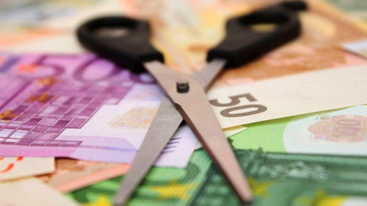 """Δυτική Ελλάδα: Νέο """"κούρεμα"""" οφειλών για ιδιωτική υπάλληλο – Το χρέος της μειώθηκε κατά 91%"""