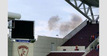 Διακοπή στο AEL FC Arena – Έπεσαν δακρυγόνα