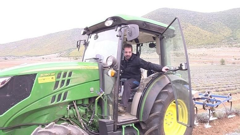 Aυτός είναι ο καλύτερος νέος Έλληνας αγρότης για το 2018