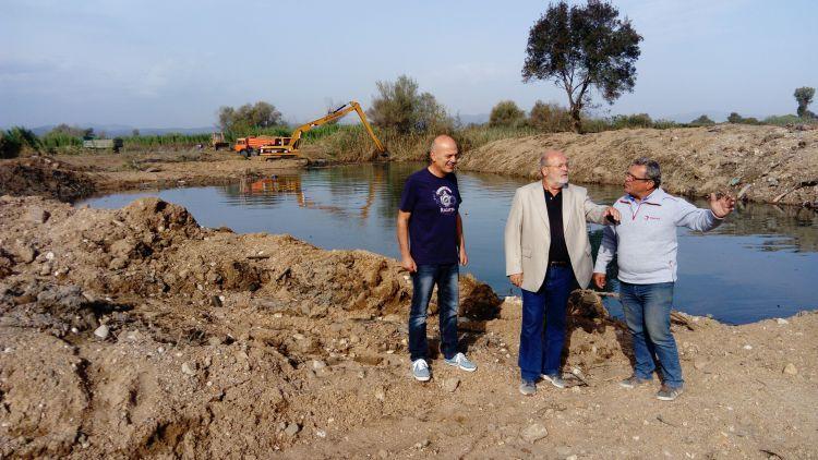 Προχωρούν τα έργα καθαρισμού στην τάφρο Δίμηκου στην Αιτωλοακαρνανία – Αυτοψία του Αντιπεριφερειάρχη Γιάννη Λύτρα (ΦΩΤΟ)
