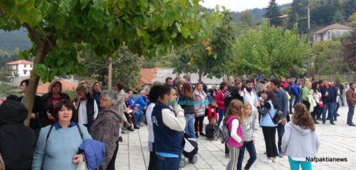 Ορεινή Ναυπακτία: Με μεγάλη επιτυχία η γιορτή κάστανου και τσίπουρου στην γραφική Άνω Χώρα (ΔΕΙΤΕ ΦΩΤΟ + VIDEO)