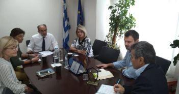 """""""Η υγεία αποτελεί για εμάς προτεραιότητα"""" – Συνάντηση Απ. Κατσιφάρα με τη Διευθύντρια του ΕΚΑΒ Δυτικής Ελλάδας"""