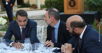 Ν.Δ. – Περιφέρεια: Περιμένουν Στεφανόπουλο, νέα κρούση σε Κατσανιώτη, ανοιχτό του Σπηλιόπουλου