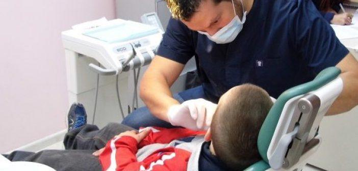 Δωρεάν προληπτικός οδοντιατρικός έλεγχος παιδιών στο Κοινωνικό Οδοντιατρείο του Δήμου Αγρινίου