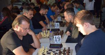 Tουρνουά σκακιού Blitz στη Ναύπακτο (ΔΕΙΤΕ ΦΩΤΟ + VIDEO)