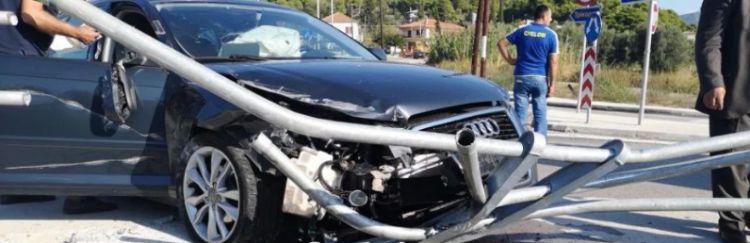 Τροχαίο ατύχημα στα Χάνια Γαβρολίμνης στον κυκλικό κόμβο (ΔΕΙΤΕ ΦΩΤΟ + VIDEO)