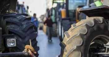 Καταργείται το τέλος επιτηδεύματος για αγροτικούς συνεταιρισμούς και συνεταιρισμένους αγρότες