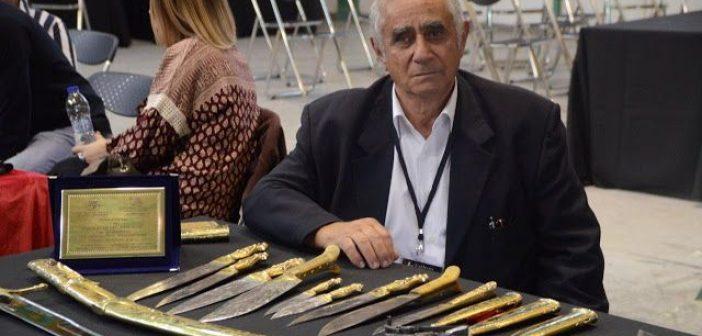 Ο μαχαιροποιός Παναγιώτης Ρηγάλος απο το Ξηρόμερο στην 1η Έκθεση Συλλόγου Μαχαιροποιών στην Αθήνα (ΔΕΙΤΕ ΦΩΤΟ + VIDEO)