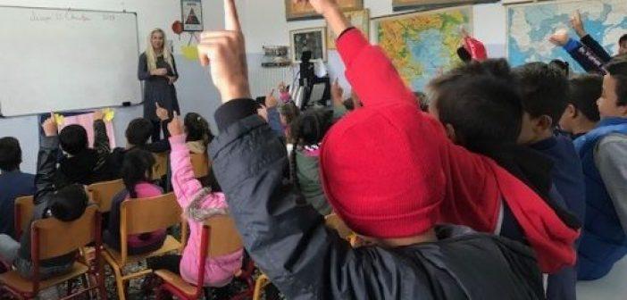 """Μεσολόγγι: Το 5ο δημοτικό """"έστειλε"""" στο σπίτι παιδιά Ρομά επειδή ήταν ανυπάκουα – Ο Σύλλογος Ρομά εξέφρασε την δυσαρέσκειά του"""