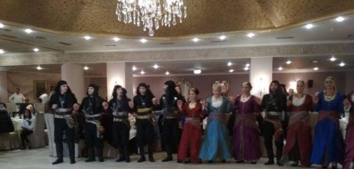 """Μεγάλη προσέλευση και κέφι στον ετήσιο χορό του Συλλόγου Ποντίων Αιτωλοακαρνανίας """"Δημ. Ψαθάς"""""""