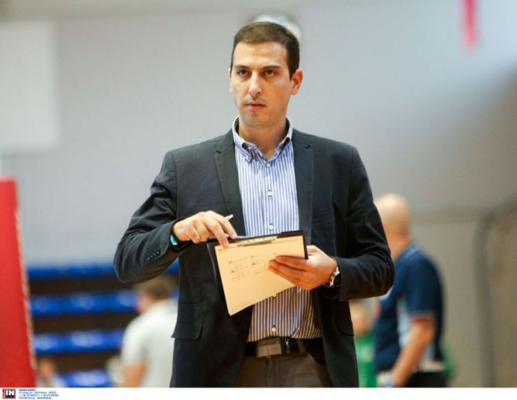 Στο Μαρκόπουλο και τη Volley League γυναικών ο Μεσολογγίτης Βασίλης Μανθάτης