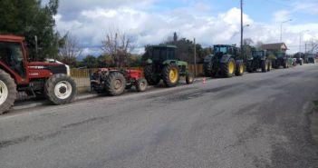 Καλύβια Αγρινίου: Στους δρόμους οι αγρότες – Παρέταξαν τα τρακτέρ και αναμένουν ενισχύσεις (ΔΕΙΤΕ VIDEO + ΦΩΤΟ)