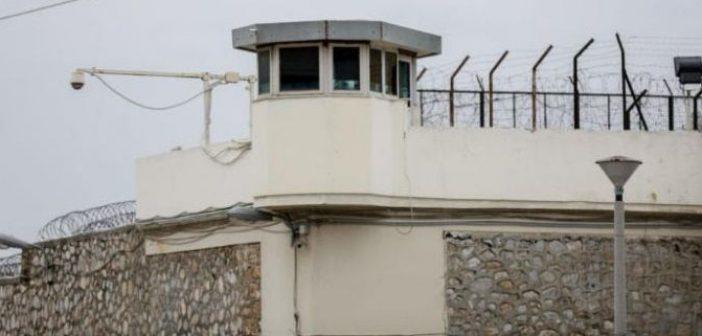 Βίντεο – αποκάλυψη: Κρατούμενοι βιντεοσκοπούσαν επιδρομή και ελέγχους της ΕΛ.ΑΣ. στις φυλακές Κορυδαλλού (ΔΕΙΤΕ VIDEO)