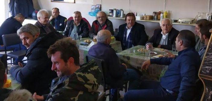 Ναύπακτος: Επίσκεψη Γιάννη Νταουσάνη στη Βλαχομάνδρα (ΔΕΙΤΕ ΦΩΤΟ)
