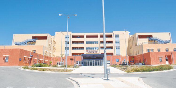 Ιόνιο: Στο εδώλιο 9 γιατροί και νοσηλευτές του Νοσοκομείου Ζακύνθου για το θάνατο της Ε. Αρβανιτάκη – Tα τελευταία λόγια στο σύζυγό της