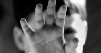 Δυτική Ελλάδα: Προς αναζήτηση στέγης για τον 9χρονο – Θύμα κακοποίησης από τον πατέρα του