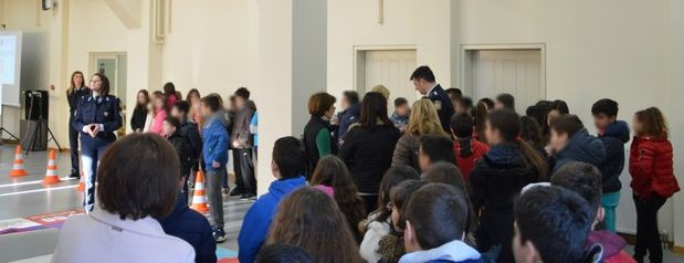 """Έναρξη του 2ου Κύκλου του Θεματικού Πάρκου """"Εθισμός και Κίνδυνοι στο Διαδίκτυο"""" στο Αγρίνιο (ΔΕΙΤΕ ΦΩΤΟ)"""