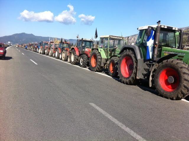 Αιτωλοακαρνανία: Κλείνουν τους δρόμους οι αγρότες