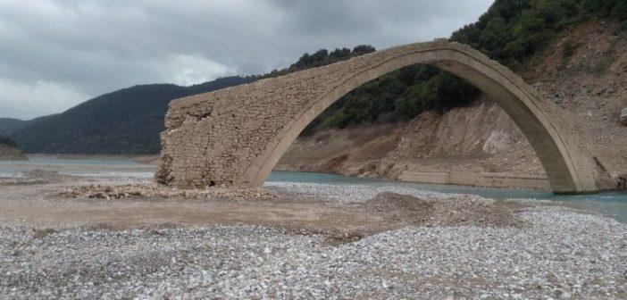 """Η διάσωση της γέφυρας Μανώλη στην Ευρυτανία πήρε """"σάρκα και οστά"""" (ΔΕΙΤΕ ΦΩΤΟ)"""