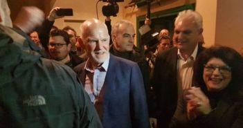 Δυτική Ελλάδα: Πλήθος κόσμου στην εκδήλωση για τον Ανδρέα – Συγκινημένος ο Γιώργος Παπανδρέου (ΔΕΙΤΕ ΦΩΤΟ)