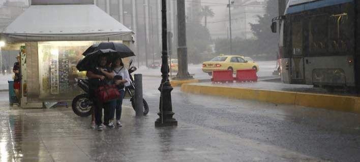 Καιρός: Συννεφιά και τοπικές βροχές σήμερα
