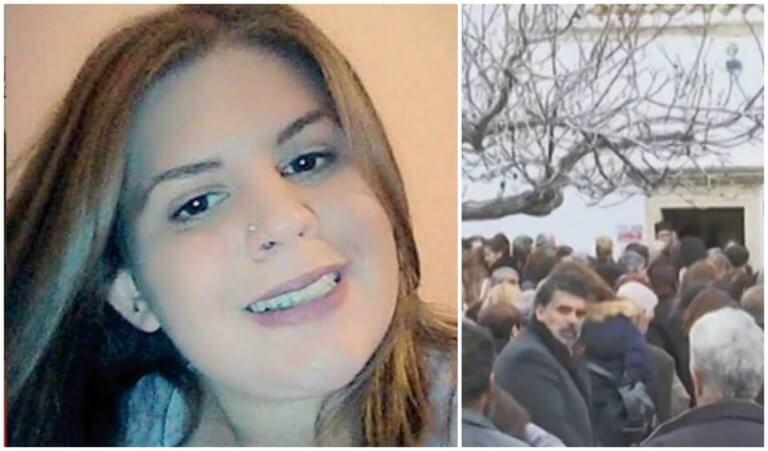 Μεσσαρά: Ράγισαν καρδιές στις κηδείες μάνας και κόρης – Τελευταίο αντίο στα θύματα της τραγωδίας (ΔΕΙΤΕ ΦΩΤΟ + VIDEO)