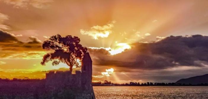 Ένα μαγικό ξημέρωμα στην Ναύπακτο (ΔΕΙΤΕ ΦΩΤΟ)