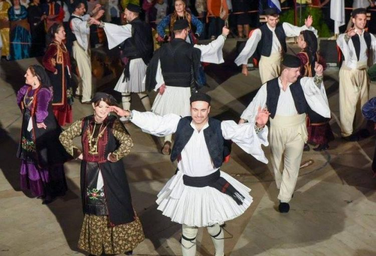 Αγρίνιο: Ετήσιος χορός Πανηπειρωτικού Συλλόγου
