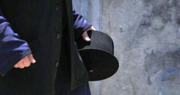 Συνελήφθη ιερέας που καλούσε τους πιστούς να μη φορούν μάσκες – Δείτε τι είχε αναρτήσει στο facebook