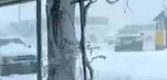 Απίστευτο «πολικό» τοπίο στη Σαμοθράκη: Όλα λευκά (ΔΕΙΤΕ VIDEO)