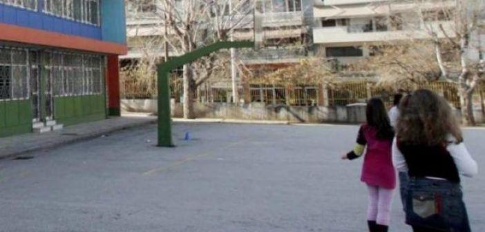 Δυτική Ελλάδα: Άγριο ξύλο σε σχολείο – Μαθητής έδειρε γυμναστή… γιατί προσέβαλε την αδελφή του με σεξιστικό σχόλιο! Είχε προηγηθεί ανάρμοστη συμπεριφορά από την νεαρή