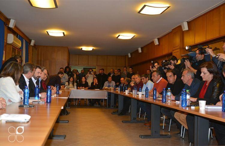 Η κυβέρνηση δεν ικανοποίησε κανένα αίτημά μας δηλώνει η Πανελλαδική των μπλόκων – Σύσκεψη απόψε στο Χαλίκι (ΔΕΙΤΕ ΦΩΤΟ)