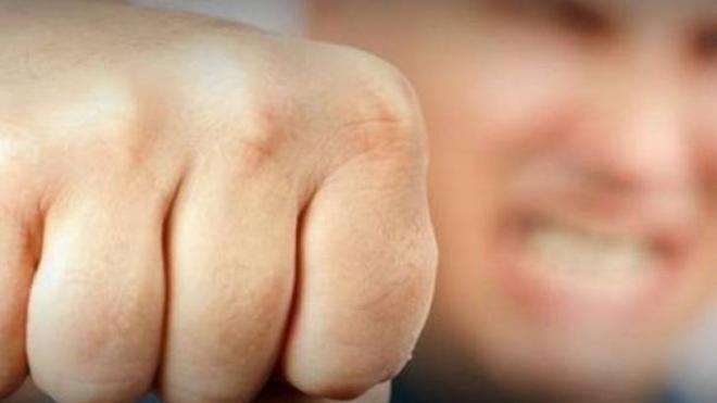 Δυτική Ελλάδα: Χτυπούσε την σύντροφό του στην μέση της Περιμετρικής – Τον κατήγγειλαν οι διερχόμενοι οδηγοί
