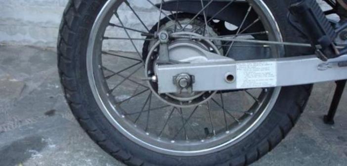 Νεοχώρι: Οδηγούσε κλεμμένη μοτοσικλέτα χωρίς δίπλωμα