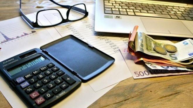 Φοροελαφρύνσεις: Τα 15 ευνοϊκά μέτρα για νοικοκυριά και επιχειρήσεις – Δείτε τη λίστα