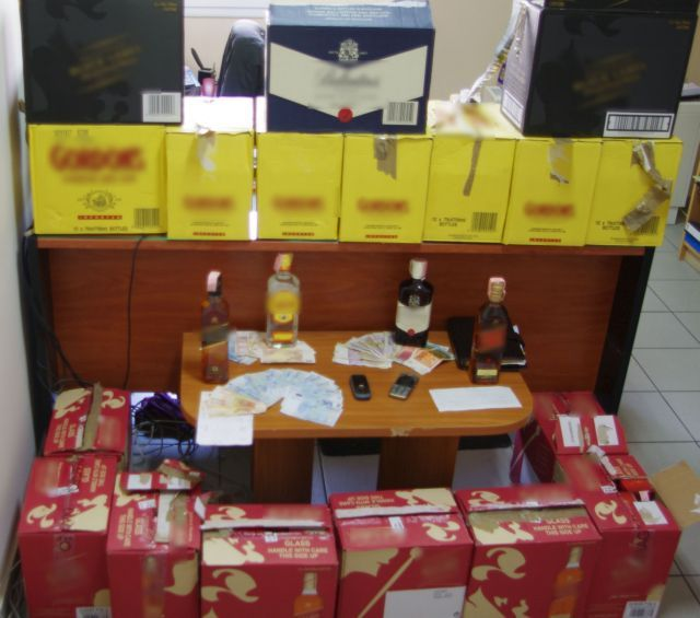 Ποτά «μπόμπες» και προφυλακτικά «μαϊμού» εντόπισε το ΣΔΟΕ